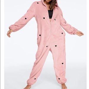 New pink teddy onesie